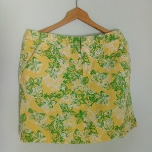 Crazy horse skorts with pockets & fun buttons
